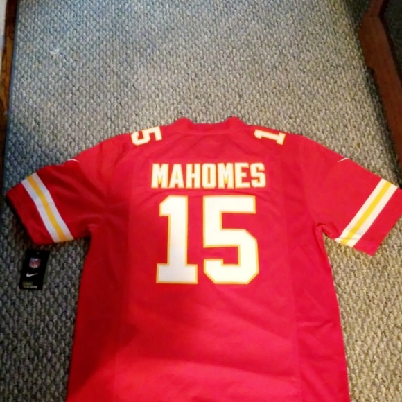 new arrival a9038 b59be Nike Stitched Kansas City Chiefs Mahomes Jersey. NWT